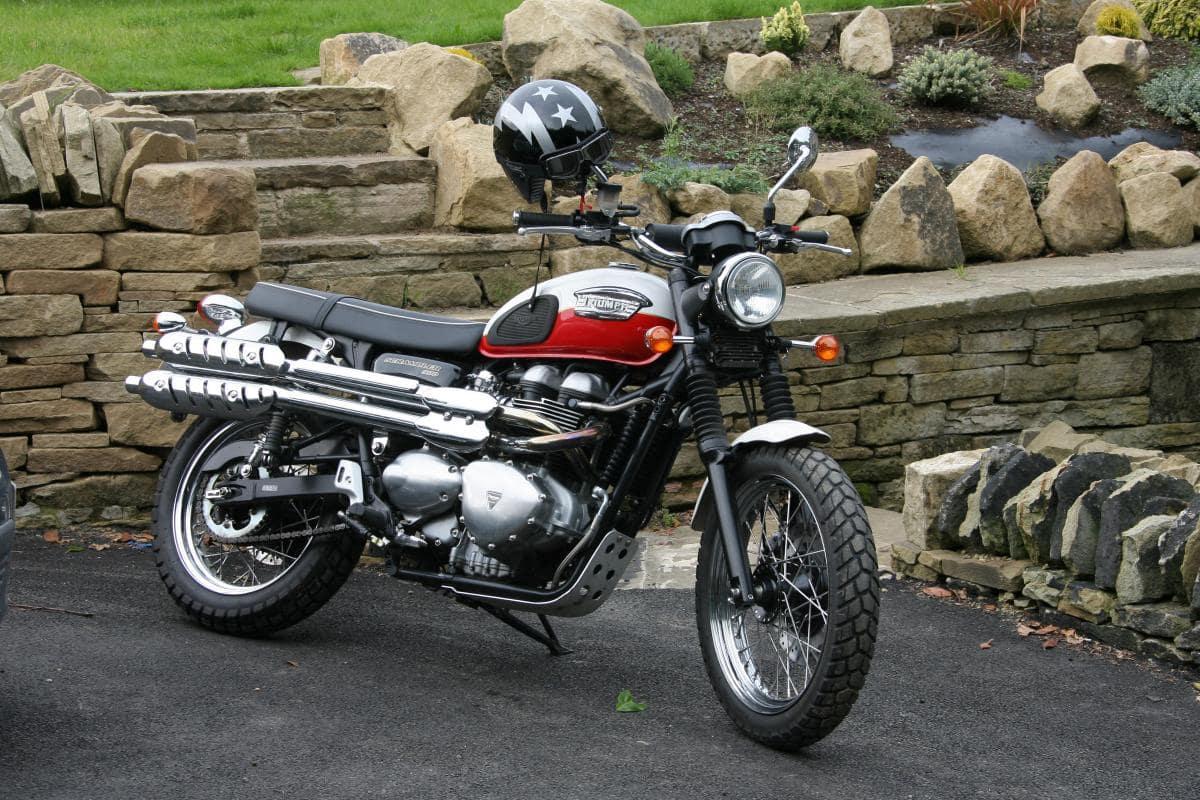 Generation one triumph scrambler with carburettors