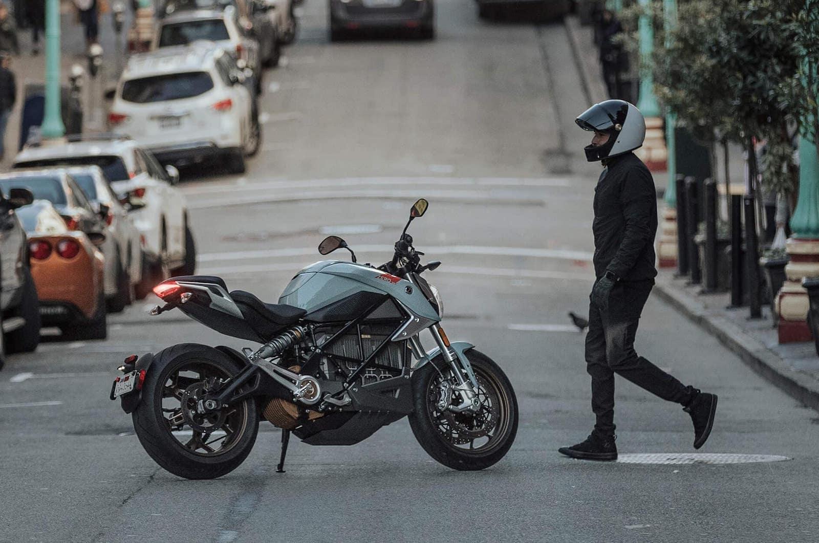 The Zero SR/F on a San Francisco street.